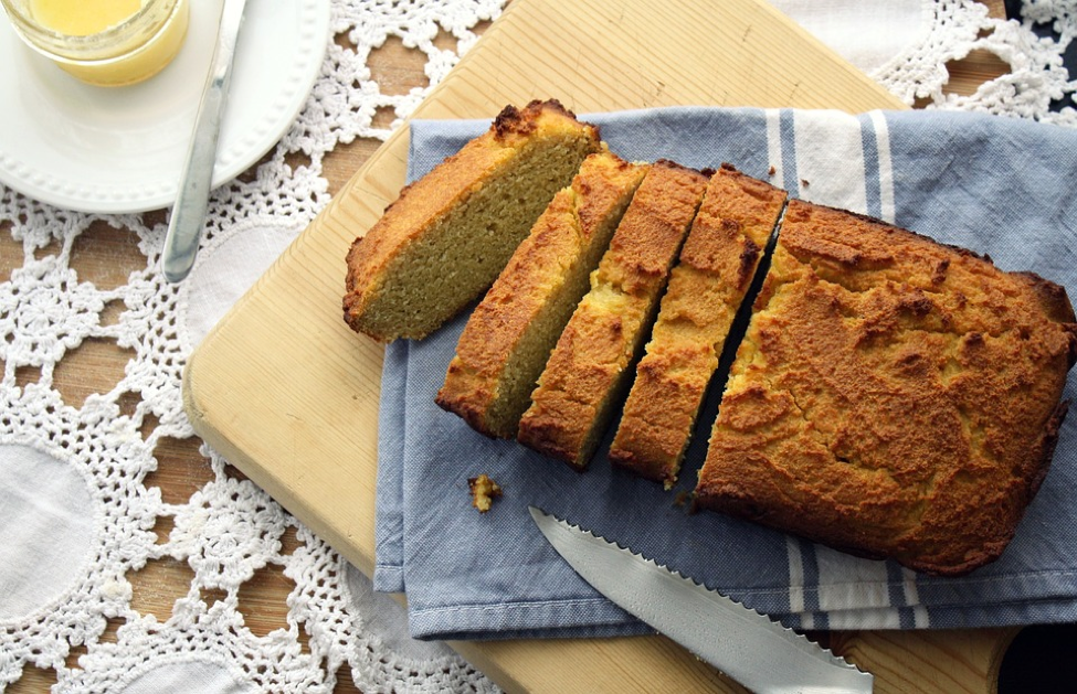 banana bread, gluten
