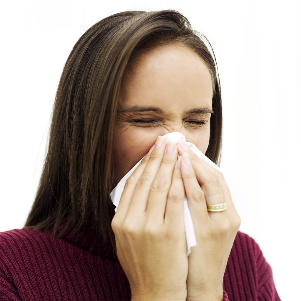 Itchy Eyes And Sneezing Home Remedy